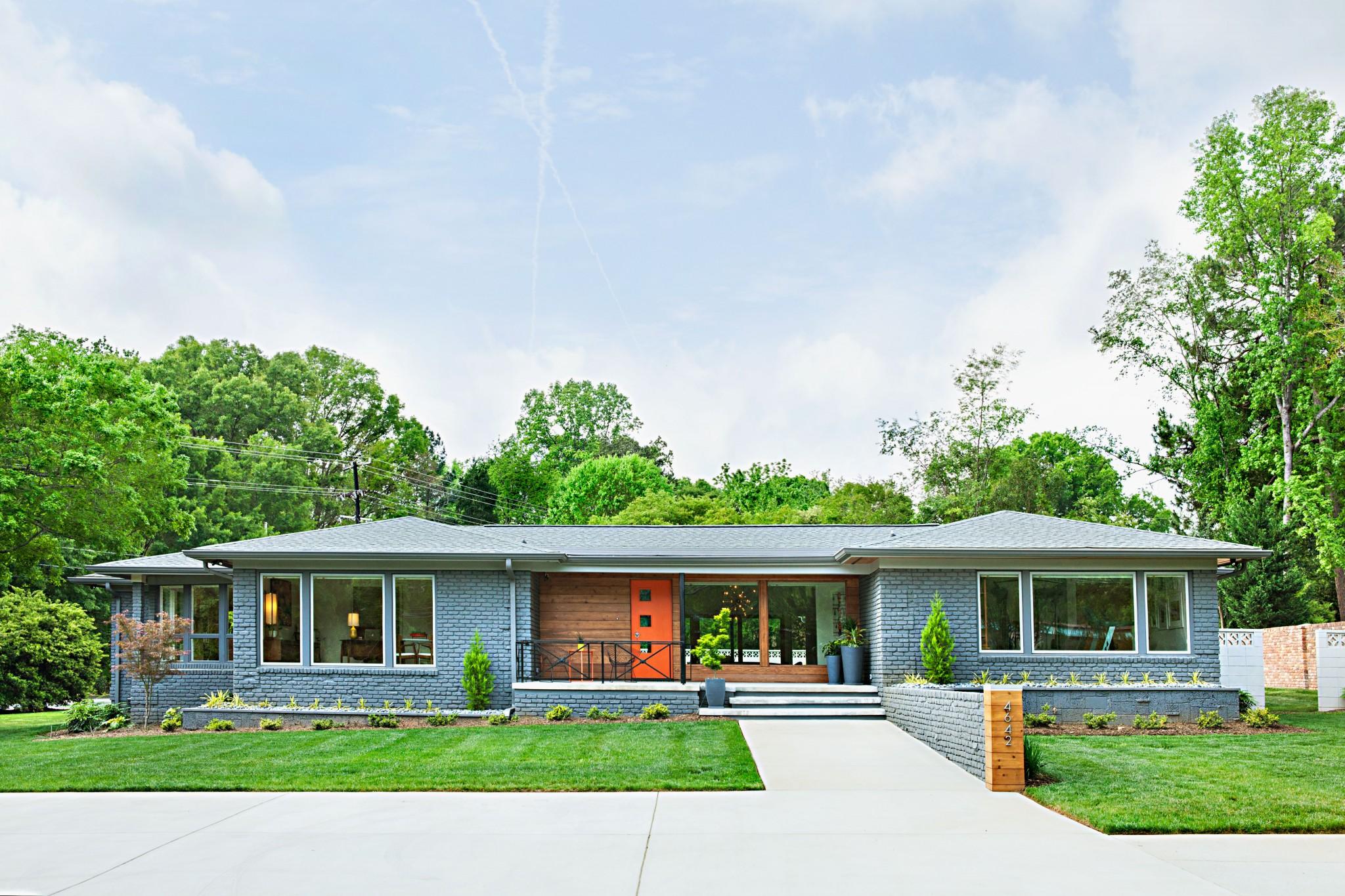North Carolina Blue home exterior with mid mod details