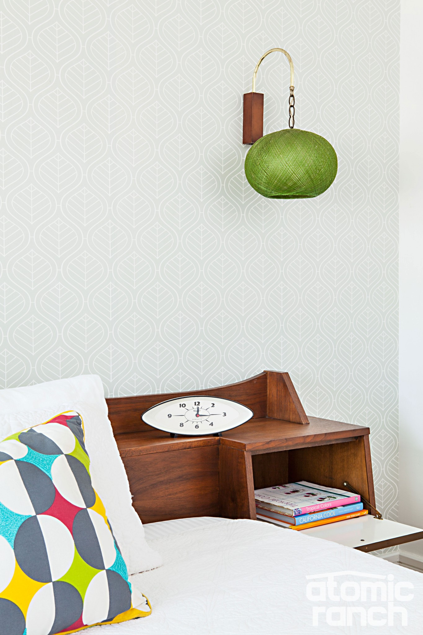 Midcentury wall sconce