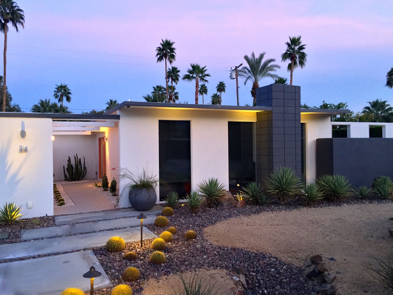 A Meiselman home in Palm Springs. Source