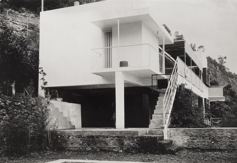 Architecture portfolio 1, page 20 image 3, NMIEG:2000.250, Eileen Gray Collection I