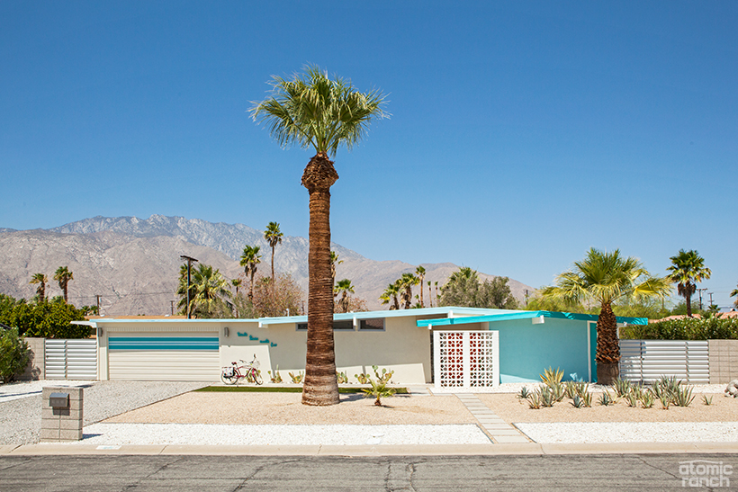 Palm Springs Hugh Kaptur house exterior