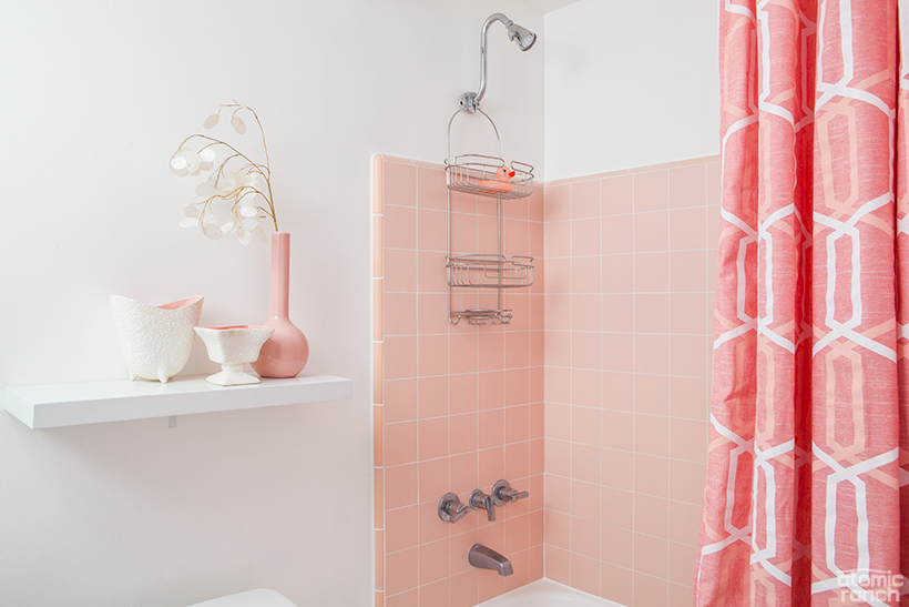 Original pink tile in the bathroom