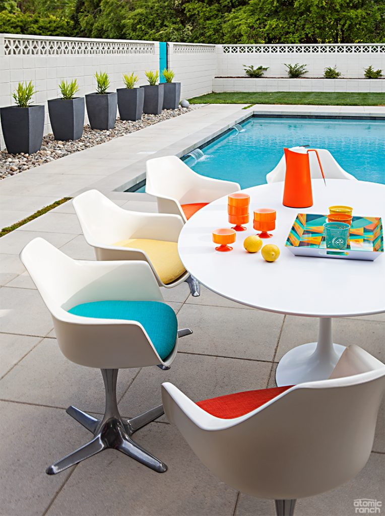 Knoll table and Tulip chairs