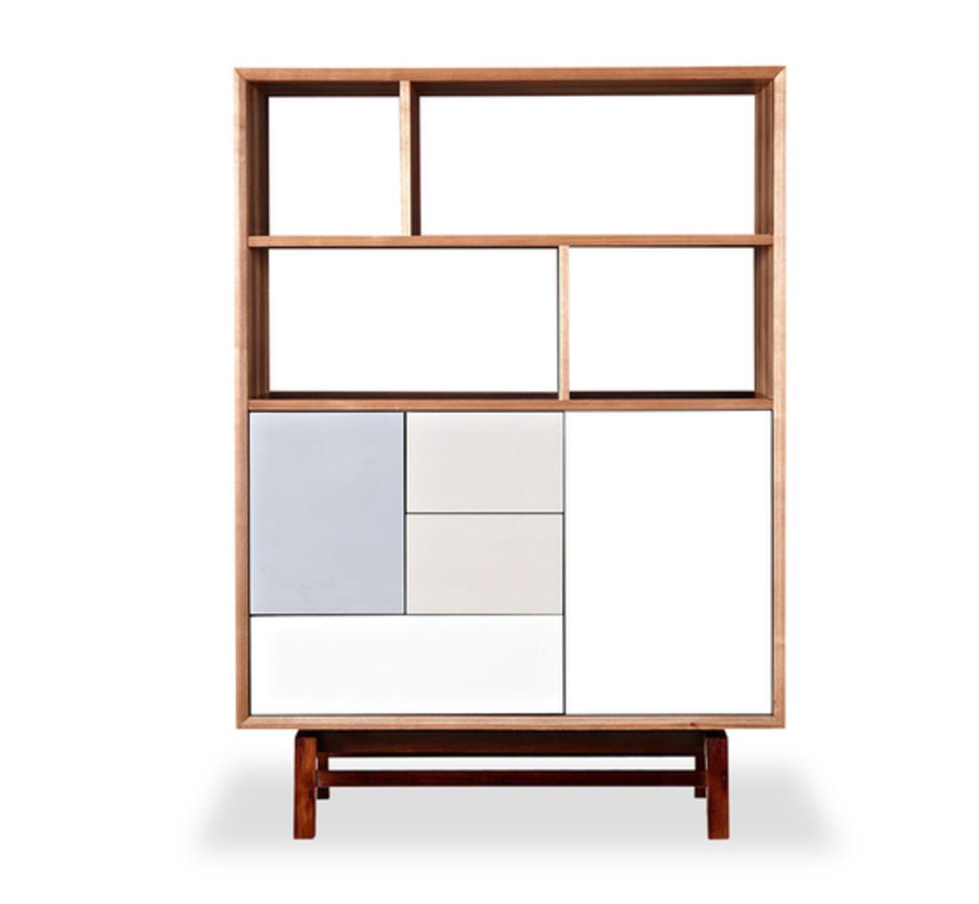 Kardiel platform upright cabinet