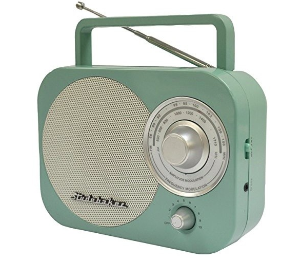 studebaker portable am/fm radio