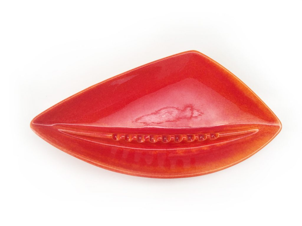 Royal Haeger triangular ashtray