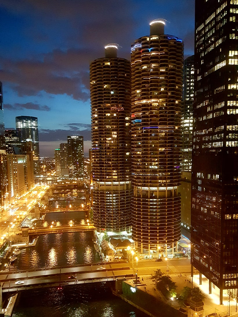 Marina Towers In Chicago At Dusk