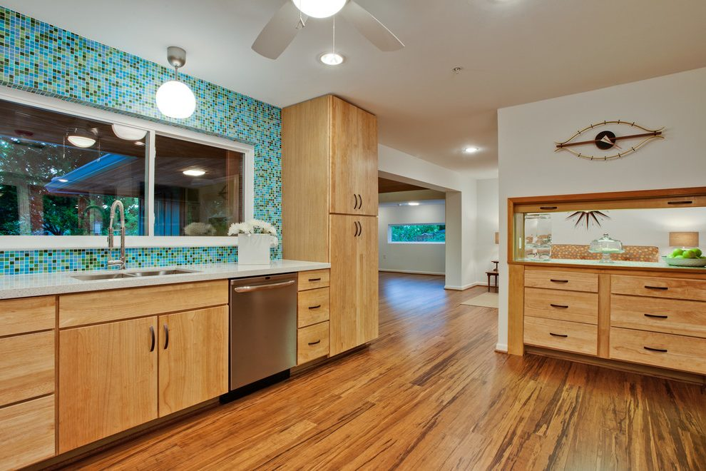 Bamboo flooring kitchen