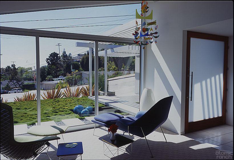 San Diego midcentury modern living room