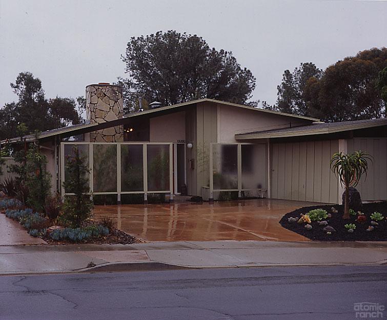 San Diego midcentury modern home exterior