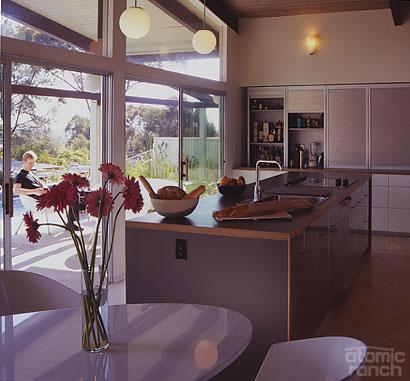San Diego midcentury modern kitchen