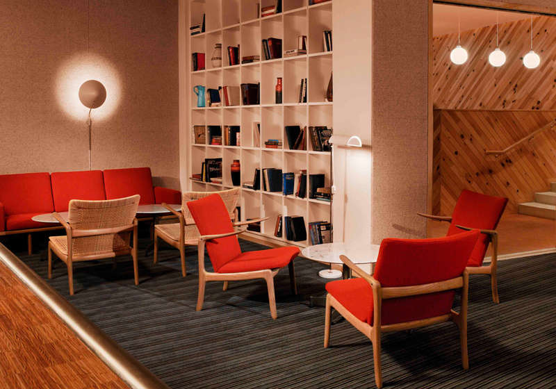 Standard Hotel Lido Bar and Lounge