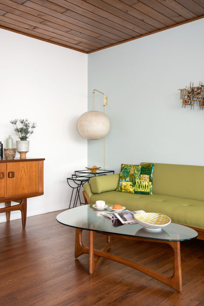 Rob Baker Boise, ID home shot for Atomic Ranch, Allison Corona photo Atomic Ranch Midcentury Modern furniture