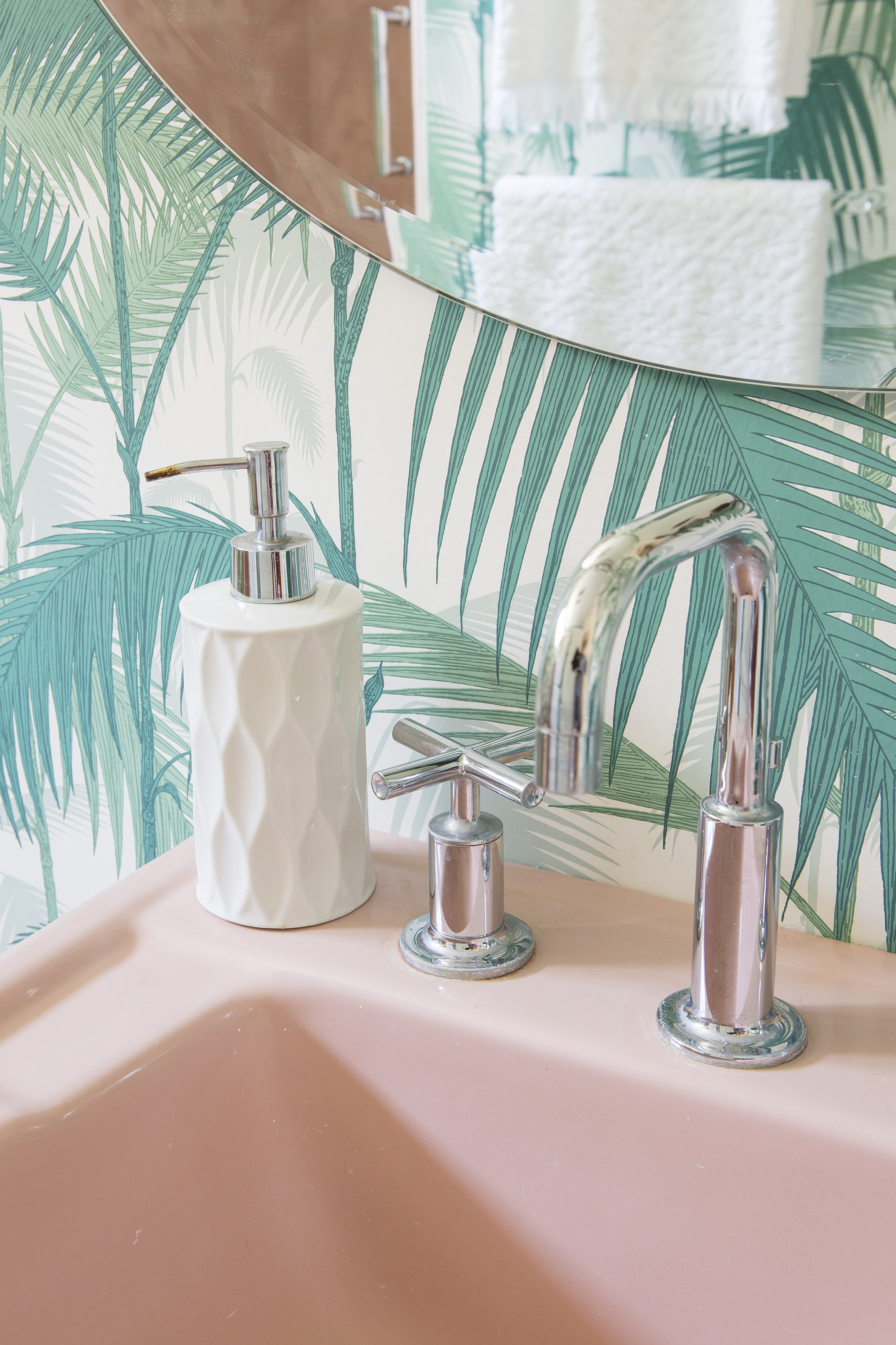 Pink Bathroom Revival How To Make Pink Chic Home