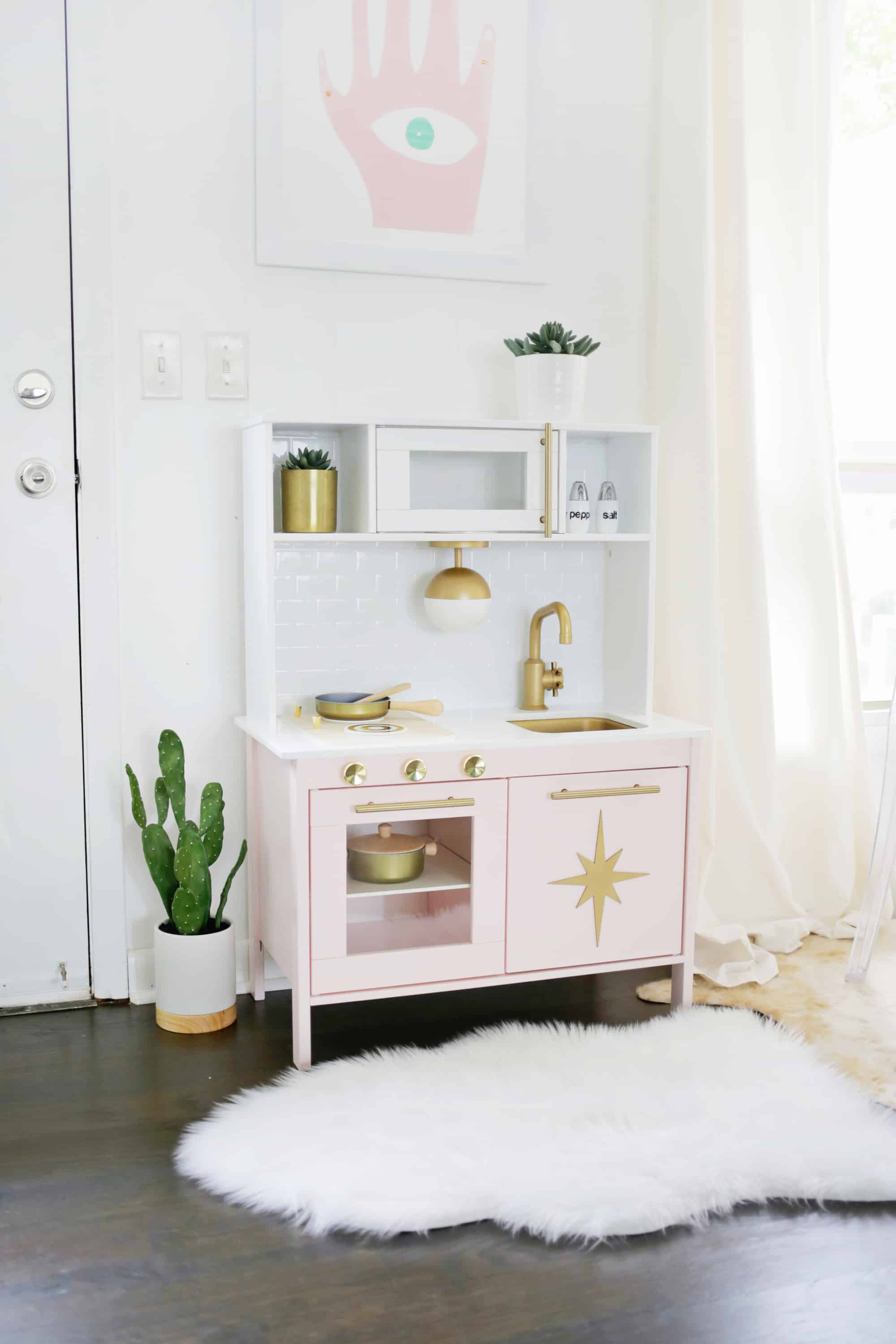 Weekend DIY: Retro Kid's Play Kitchen - Home
