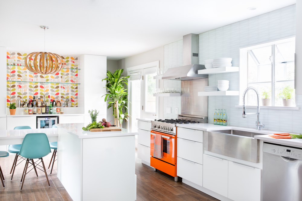 A Kitchen For Entertaining How Wallpaper Sparked A Redesign Home