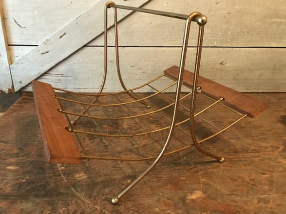 Get a head start on that resolution to be more organized with the help of these mid century magazine rack picks! Atomic Ranch