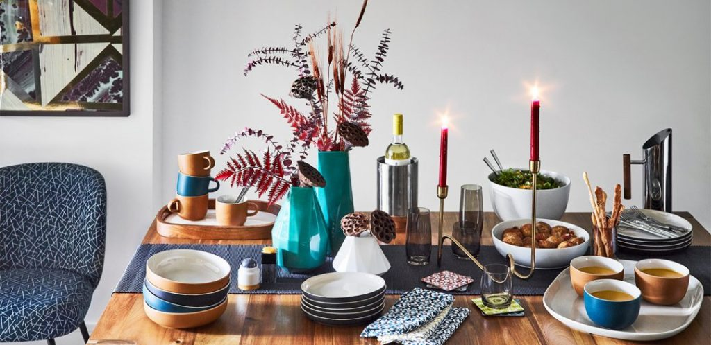 Mid Century Modern Dining Table Setting