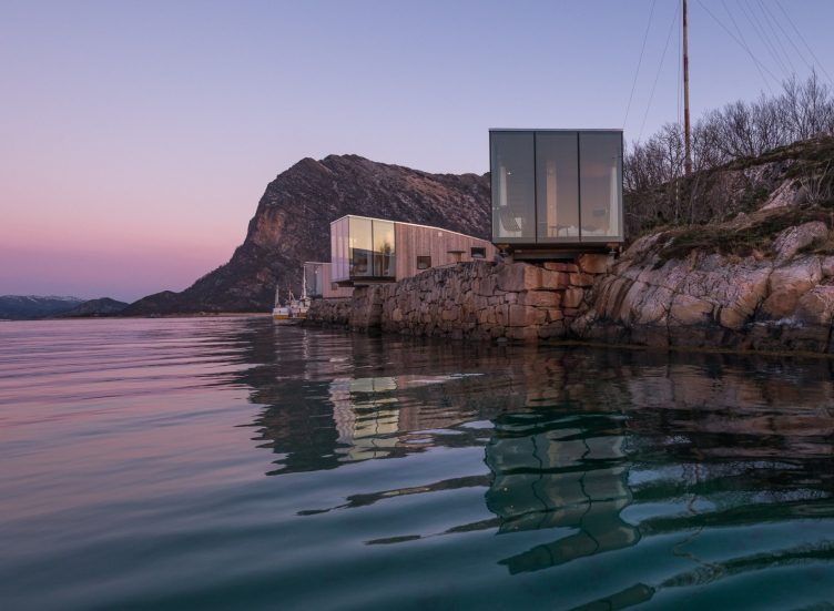 cantilever vacation cabin in norway above sea