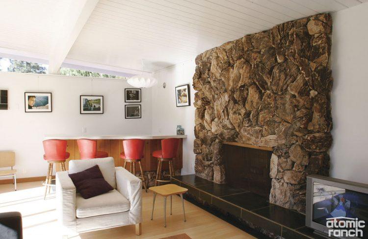 mid century modern clerestory windows in family room