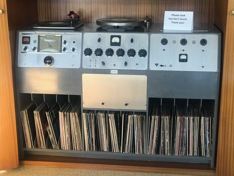 twin palms sound system