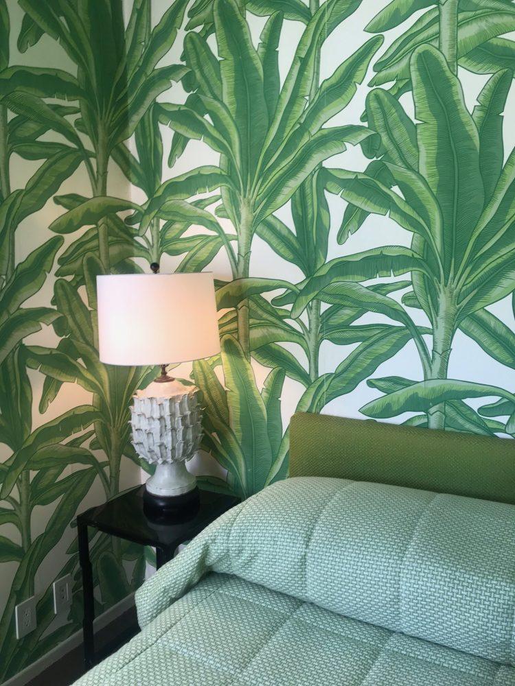twin palms maids room