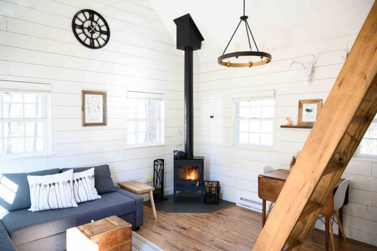 mid mod airbnbs for the holidays in blue ridge mountains