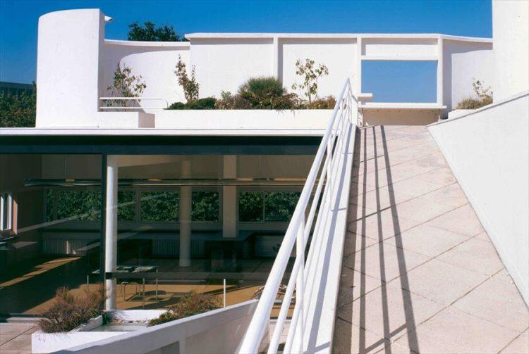 villa savoye ramp and terrace