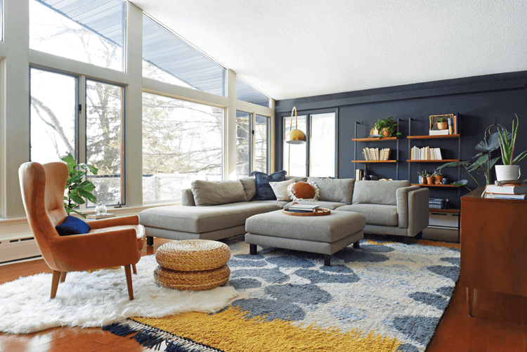 mid century rambler living room with vaulted ceilings