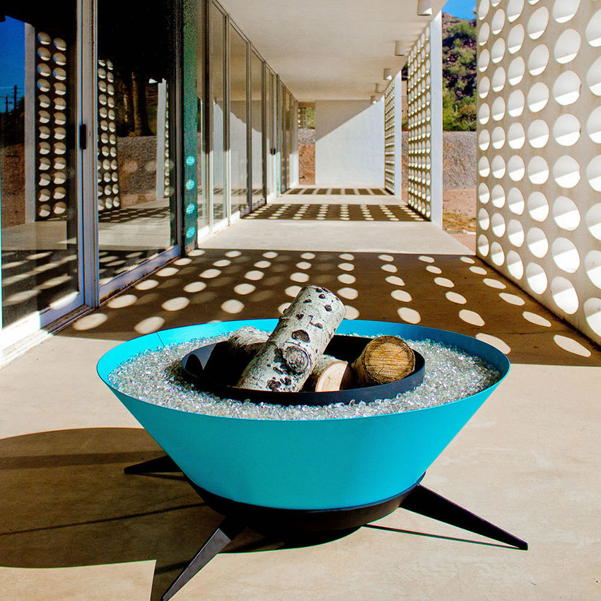bright blue retro modern fire pit