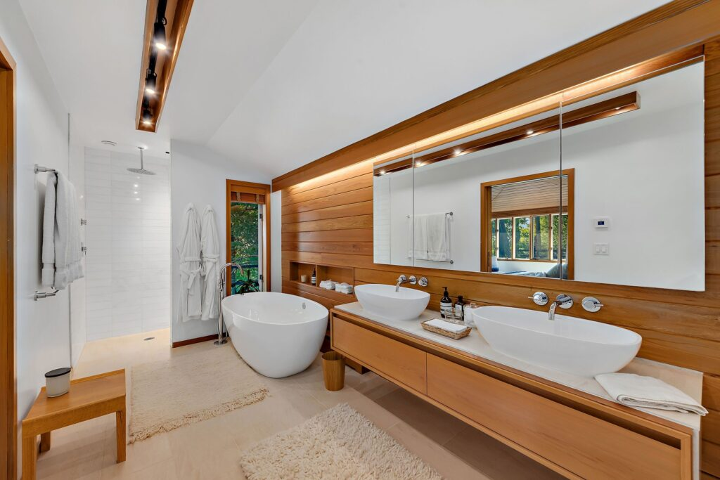 fox run master bathroom
