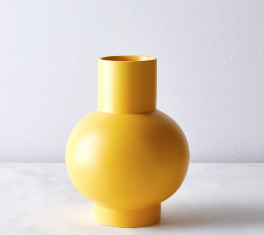 vase pantone color of the year 2021