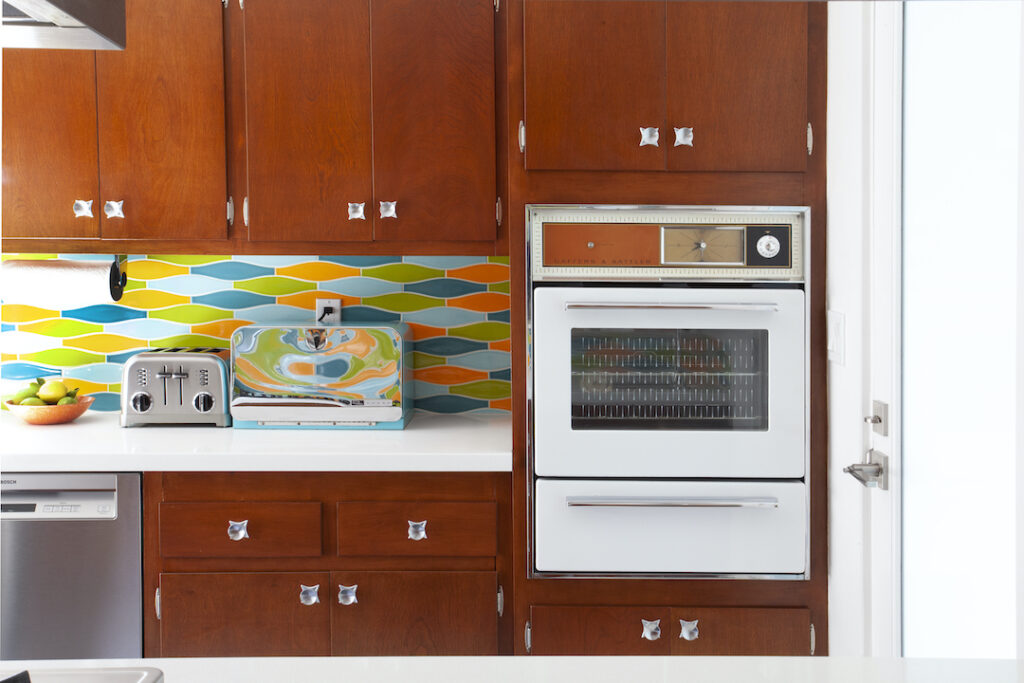 Modwalls backsplash in MCM kitchen