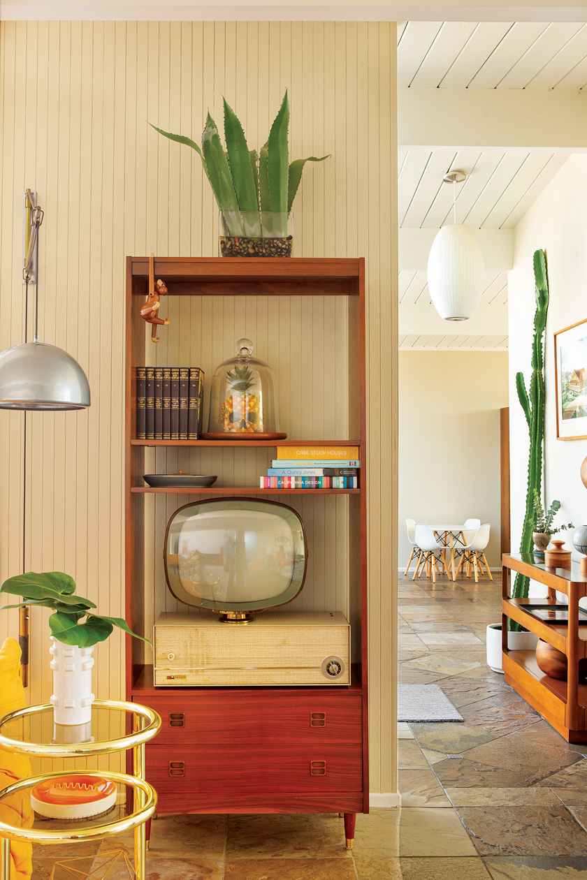 1960s Eichler homes are on the smaller side. Bookshelf becomes storage