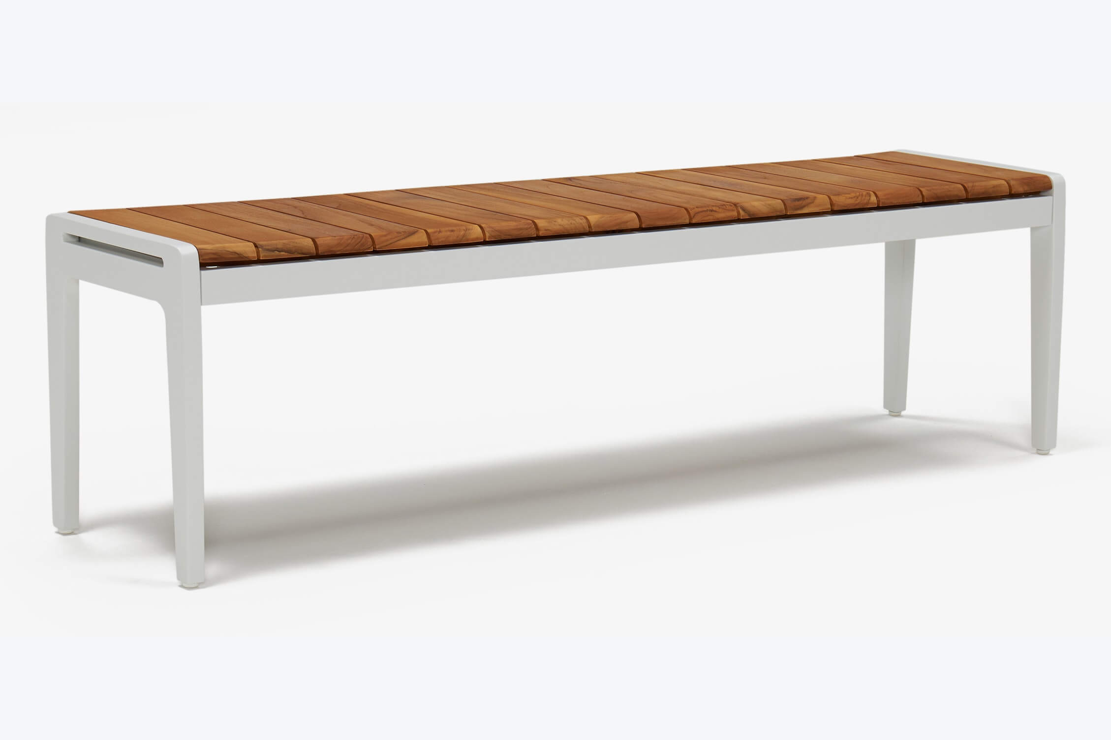 White outdoor bench with teak wood slatted top