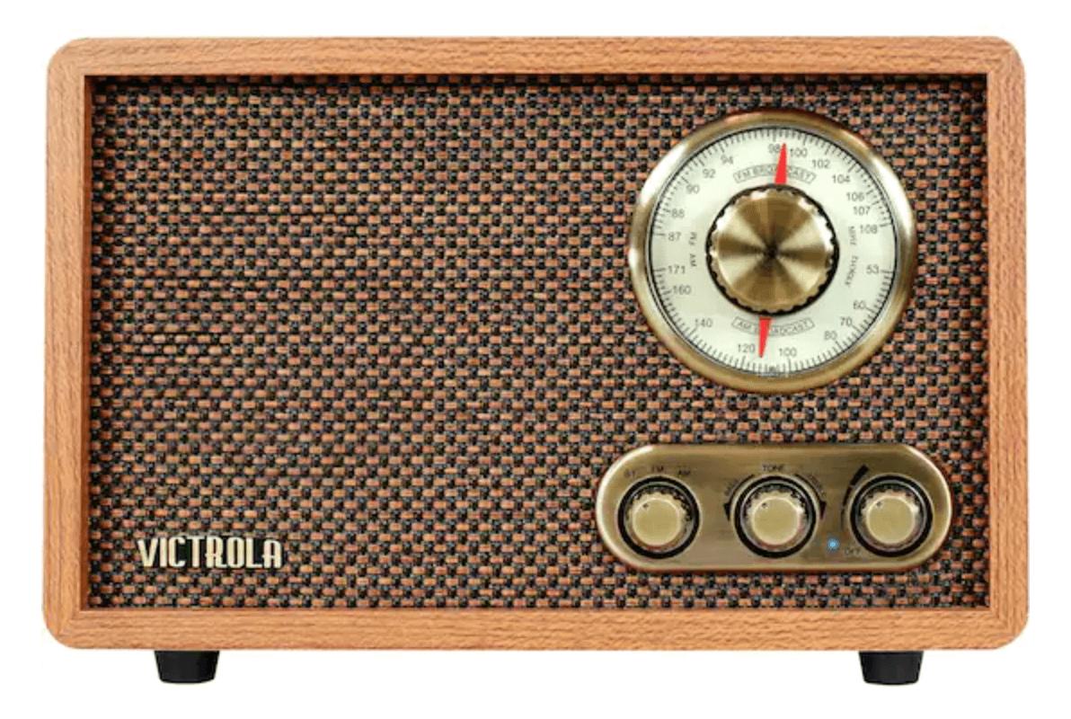 Retro-style portable radio for gardening