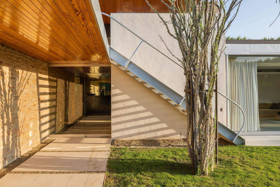 Kaufmann house exterior stairs